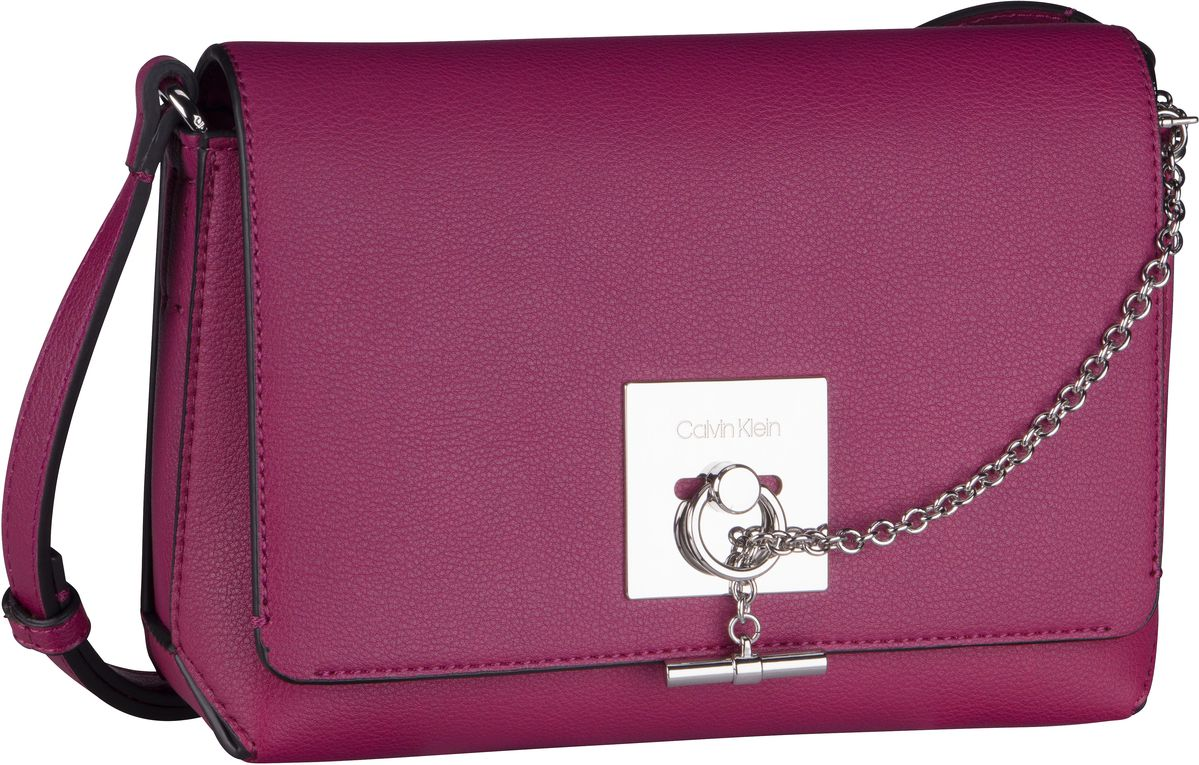 Umhängetasche CK Lock Medium Flap Crossbody Magenta