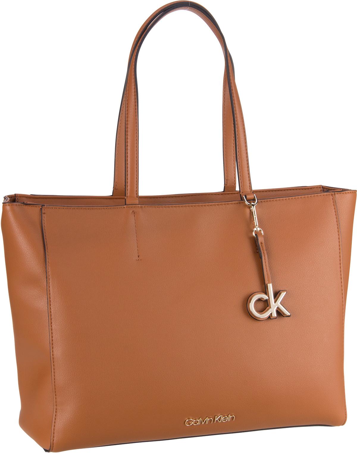 calvin klein -  Handtasche CK Must Shopper FA20 Cognac