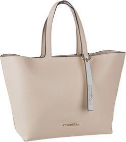 Calvin Klein Handtasche Neat EW Shopper Light Sand